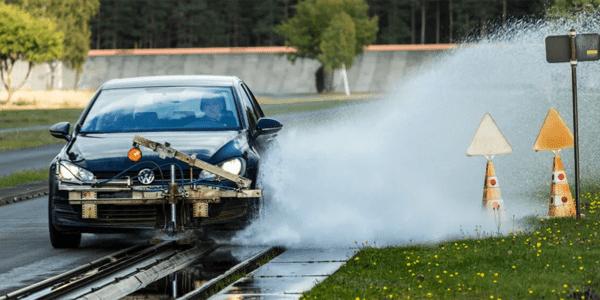 Test pneus été : ACE Lenkrad compare les performances des pneus au freinage