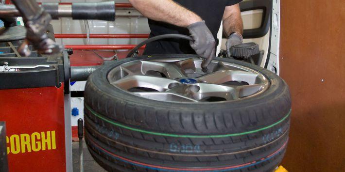 Montage de pneu à domicile