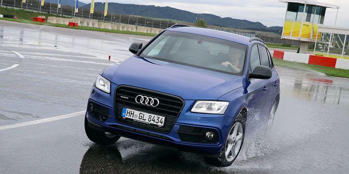 Comparatif pneus 4x4 toutes saisons : le test pneus 4 saisons tout-terrain u magazine AutoBild Allrad en 18 pouces au volant d'une Audi Q5